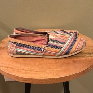 Toms colorful shoes